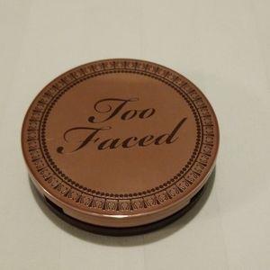 Too Faced chocolate matte bronzer